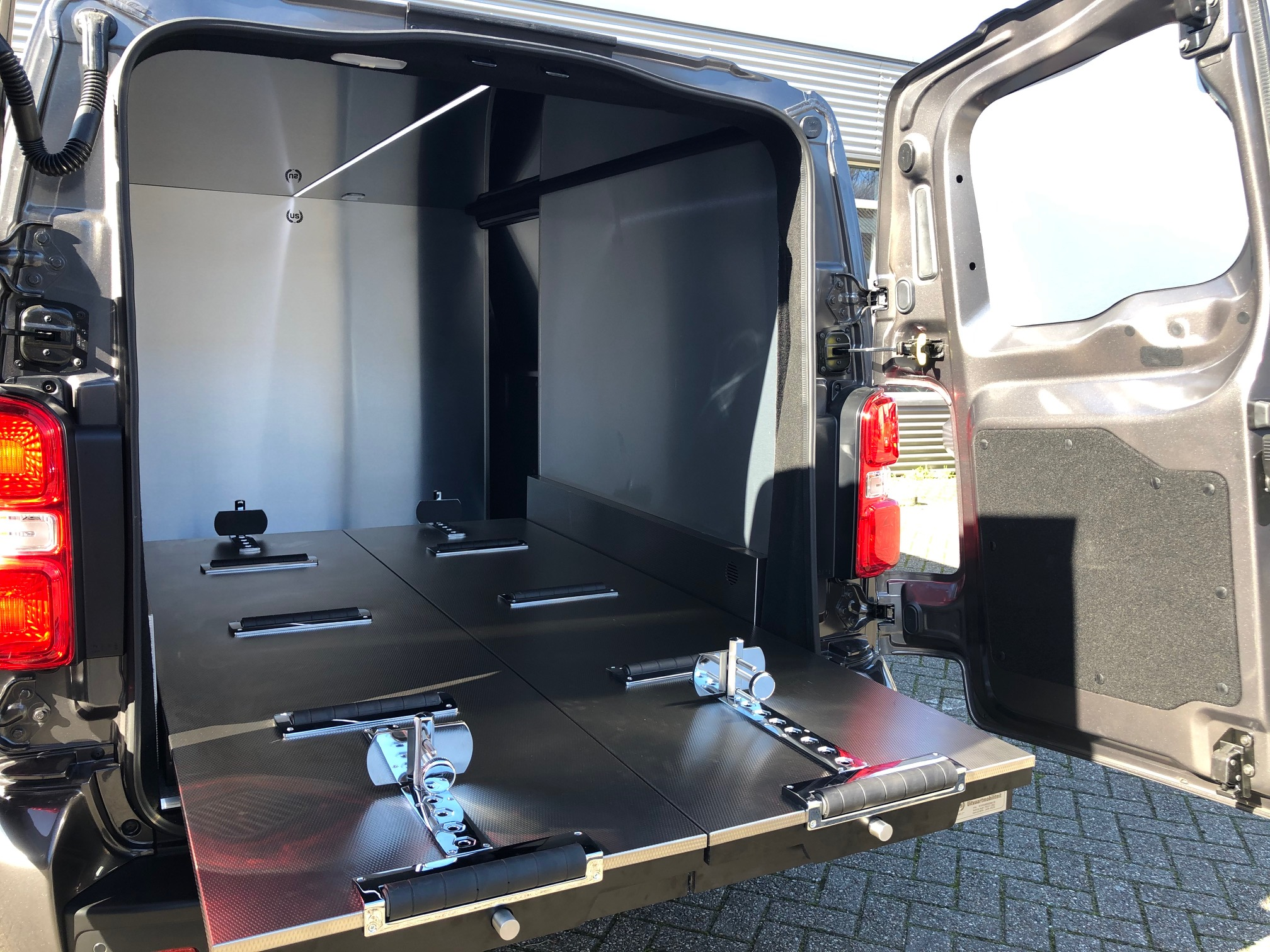 Peugeot Expert L3 Back open4